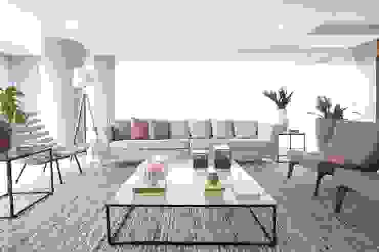غرفة المعيشة تنفيذ Léo Shehtman Arquitetura e Design, تبسيطي