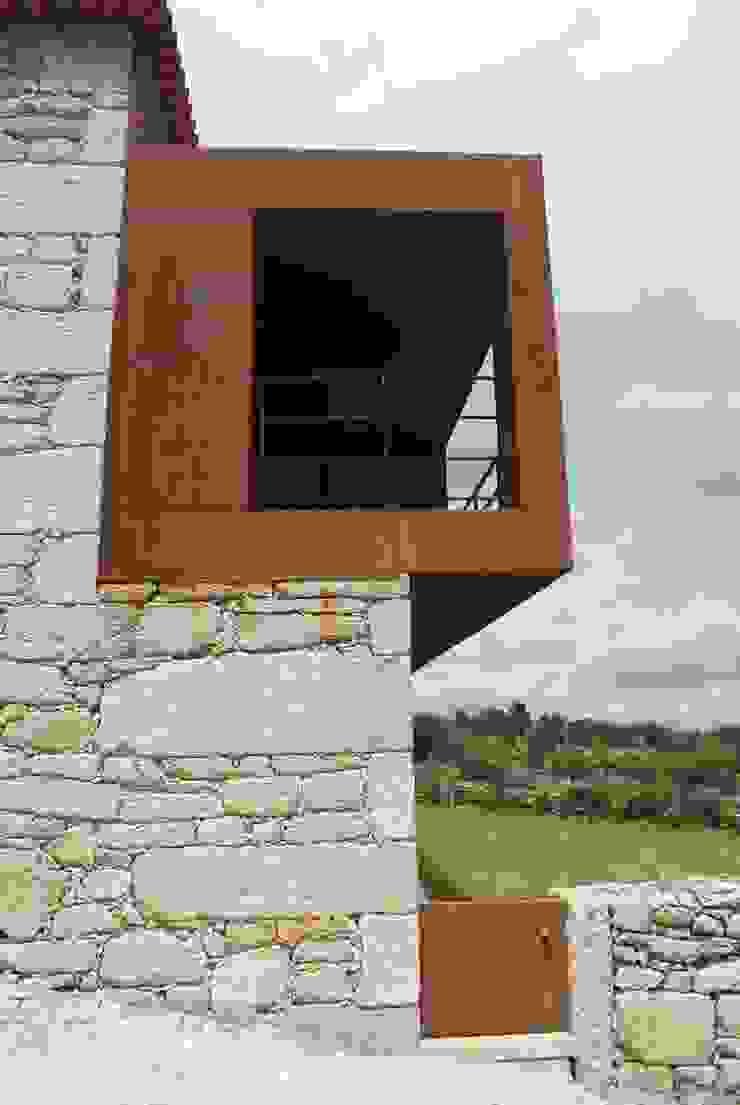 SOLAR Séc. XVIII – Recuperação e Reabilitação por ADVD atelier arquitectura e design Rústico