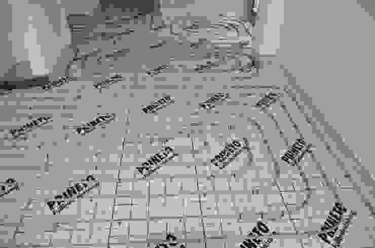 piso radiante hidráulico Salas de estar modernas por Dynamic444 (departamento de climatização) Moderno