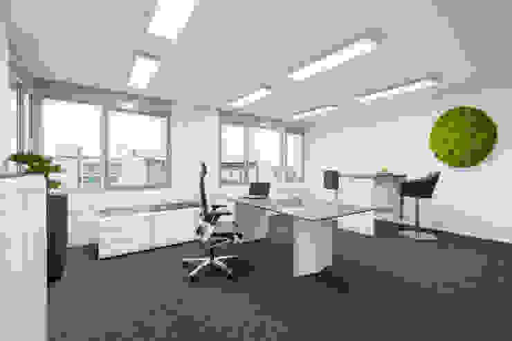Wohninvest_010 Moderne Bürogebäude von PFERSICH Büroeinrichtungen GmbH Modern