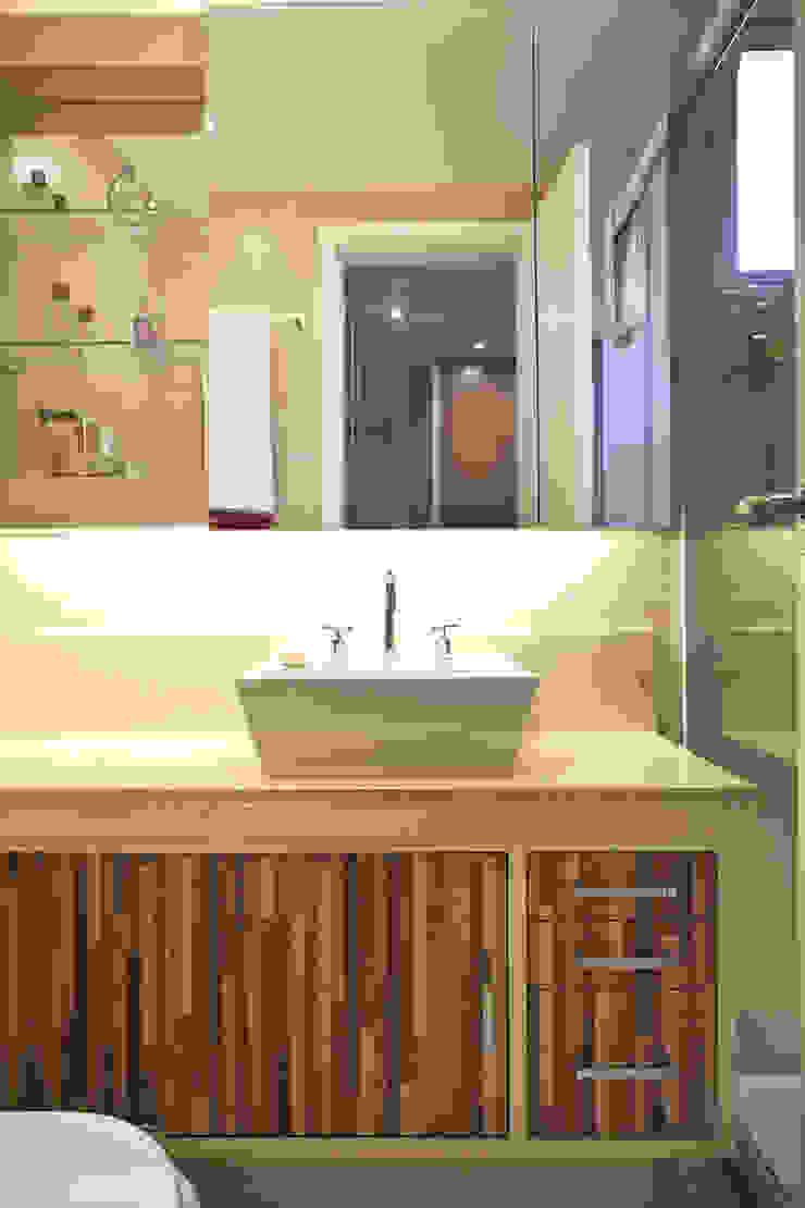 Apartamento Butantã Banheiros modernos por Samy & Ricky Arquitetura Moderno