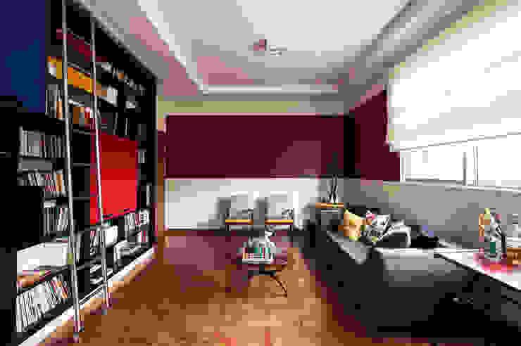 Sala estar Salas de estar ecléticas por Laura Serafini Arquitetura + Interiores Eclético