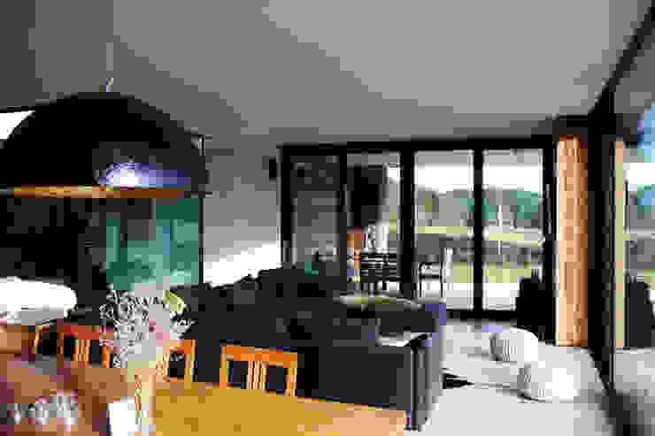 Salones de estilo moderno de Architekt Zoran Bodrozic Moderno