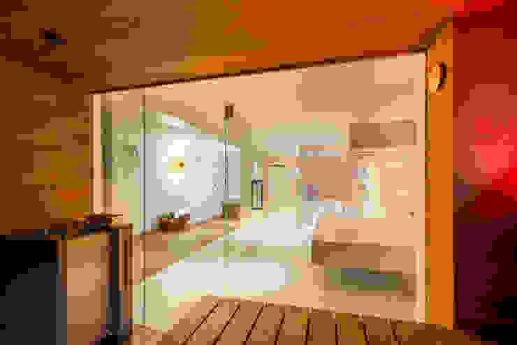 de corso sauna manufaktur gmbh Moderno Madera Acabado en madera