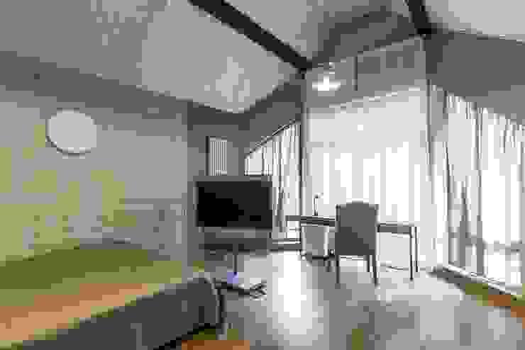 Загородный дом в Комарово Детские комната в эклектичном стиле от Fusion Design Эклектичный