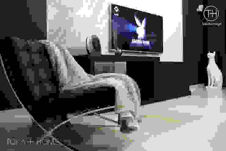 Powiew Wenecji Nowoczesny salon od TOKA + HOME Nowoczesny Marmur