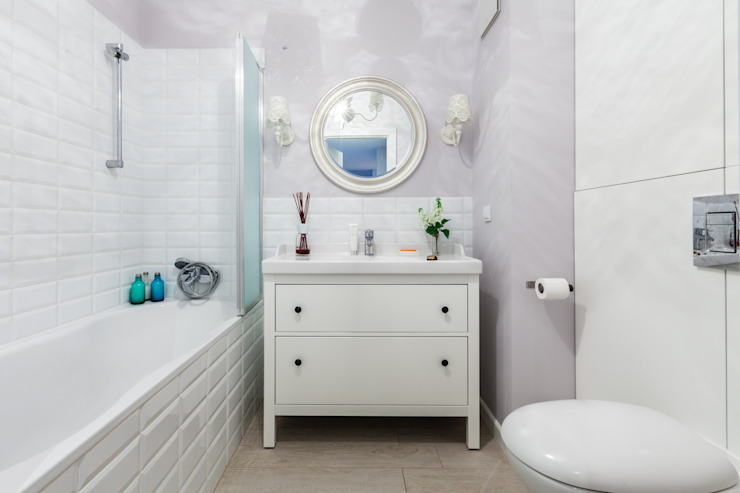 Classic style bathroom by Decoroom Classic