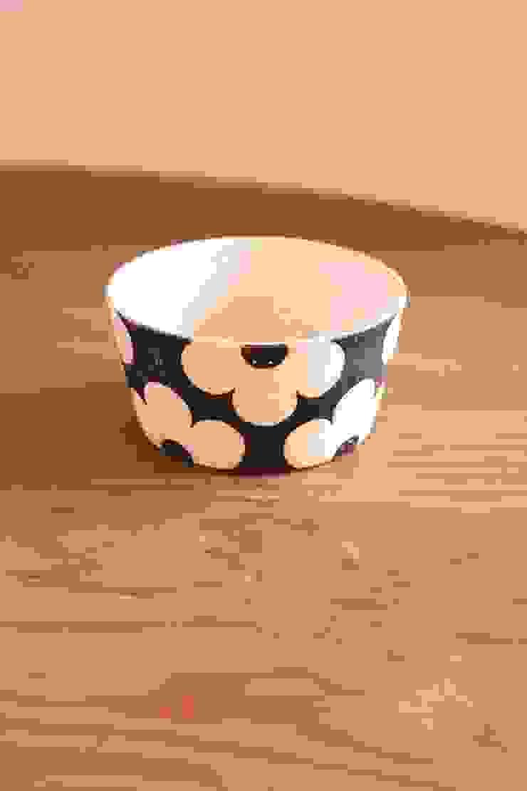 applique台形ボウル: むくり工房が手掛けた折衷的なです。,オリジナル 陶器