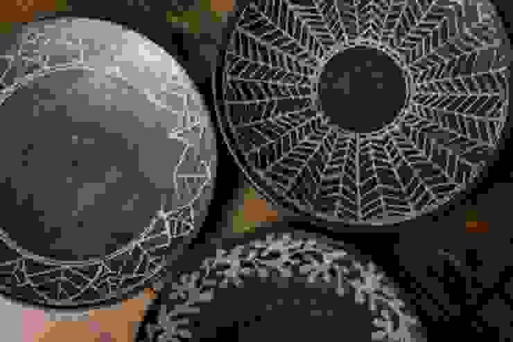 盛皿: 陶工房 扇屋が手掛けた折衷的なです。,オリジナル 陶器