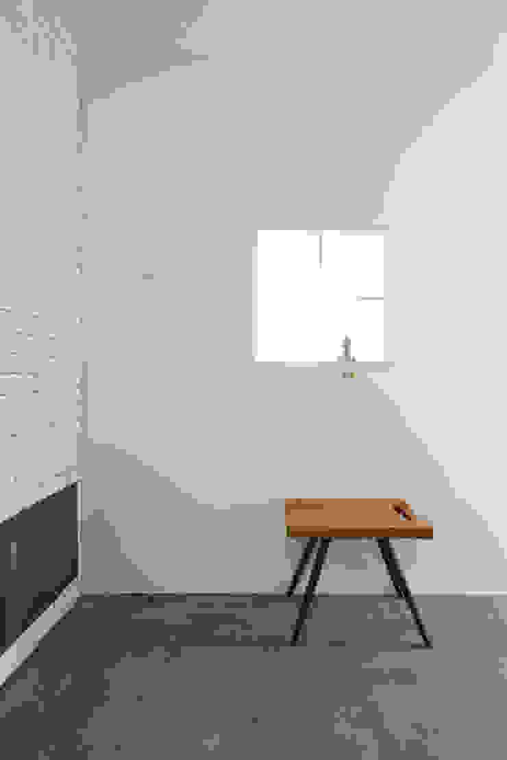 ABE.BLD オリジナルスタイルの 玄関&廊下&階段 の 株式会社CAPD オリジナル