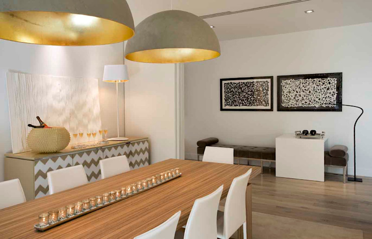 Eclectic style dining room by SA&V - SAARANHA&VASCONCELOS Eclectic