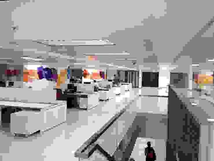 OPEN OFFICE de MTRA ARQUITECTOS C.A. Moderno