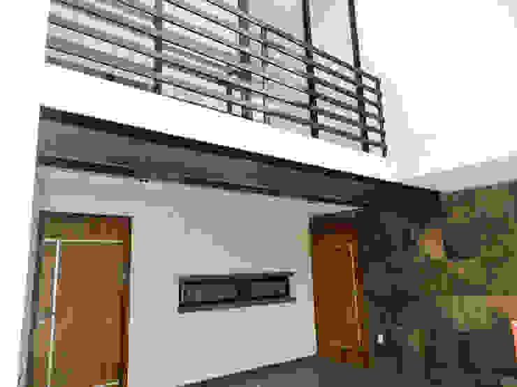 Modern garage/shed by ECNarquitectura Modern