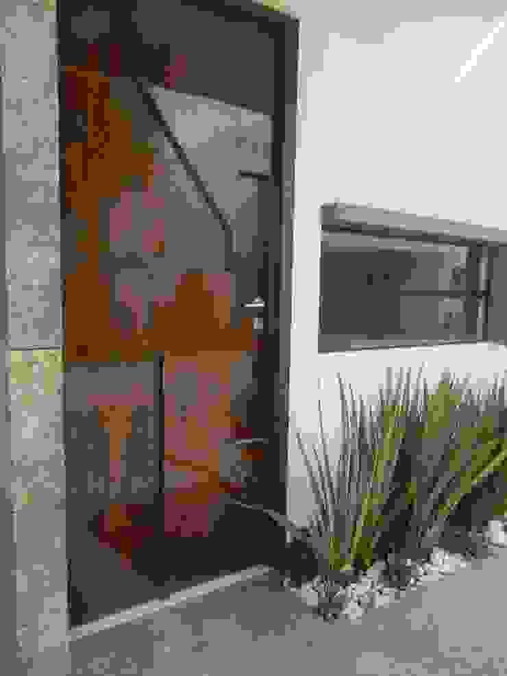 Modern windows & doors by ECNarquitectura Modern