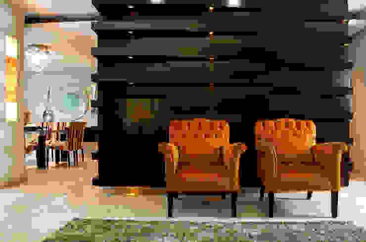 Гостиная в стиле модерн от arketipo-taller de arquitectura Модерн