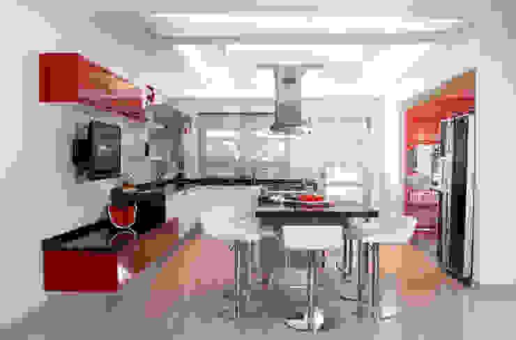 Modern style kitchen by arketipo-taller de arquitectura Modern
