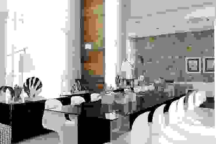 CASA PV59 Salas de jantar modernas por RODRIGO FONSECA | ARQUITETURA E INTERIORES Moderno