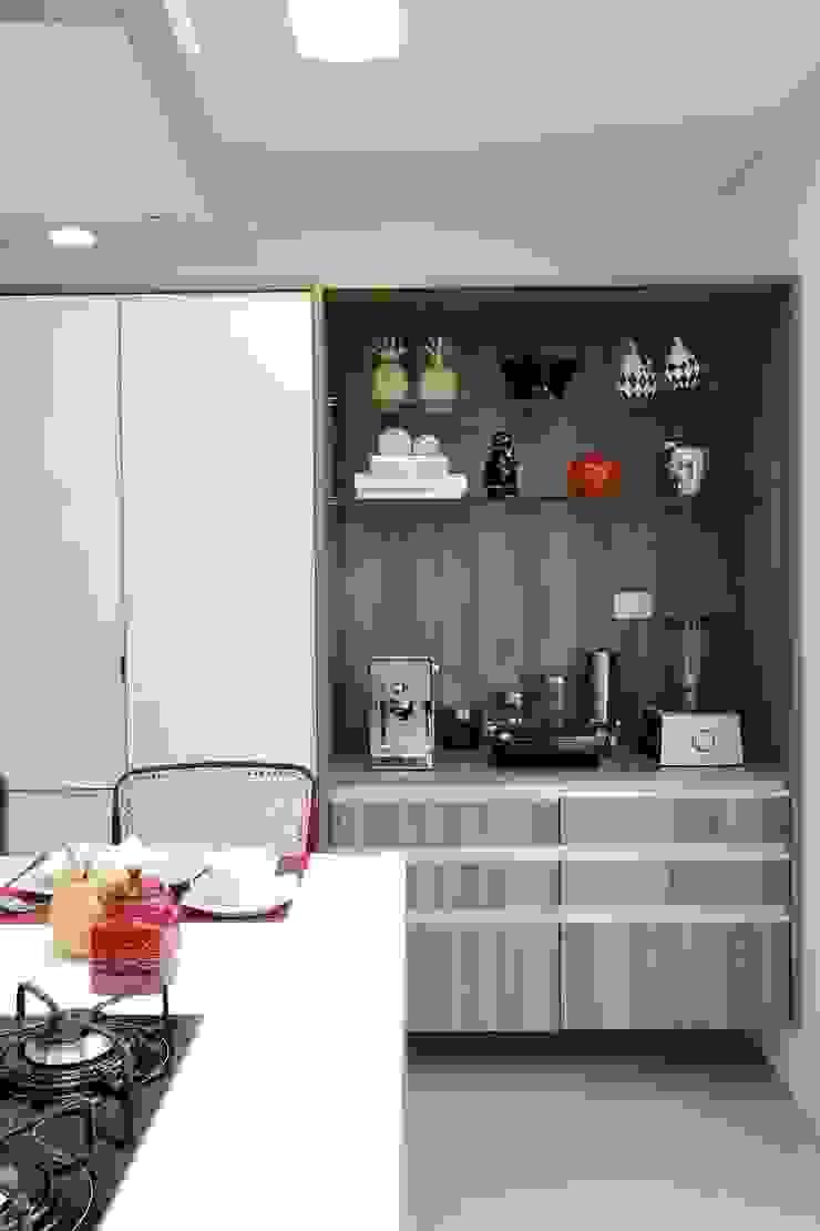 CASA PV59 Cozinhas modernas por RODRIGO FONSECA | ARQUITETURA E INTERIORES Moderno