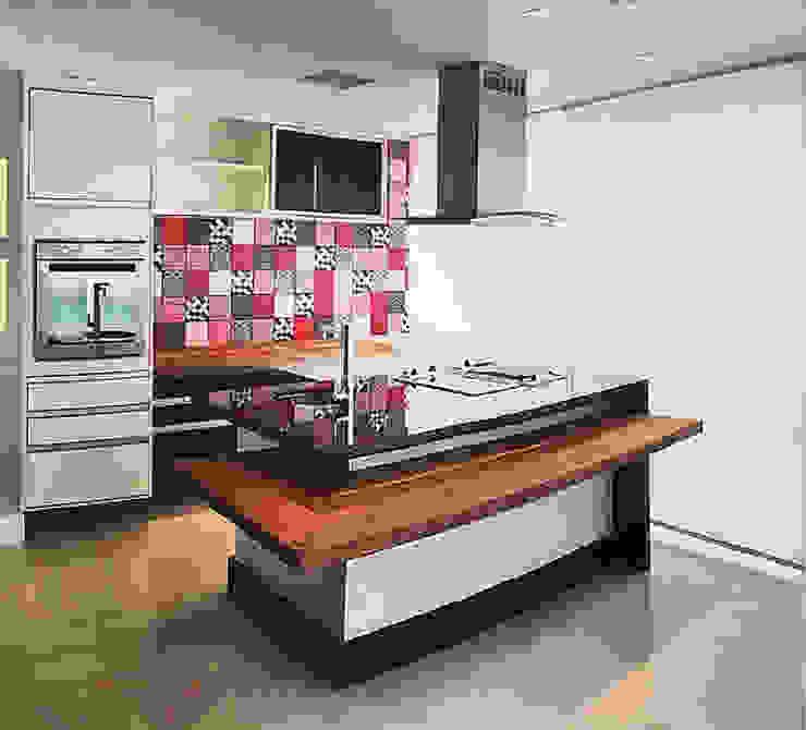 ANTES e DEPOIS - Apartamento Sky - Salvador/BA por Arquitetura do Brasil