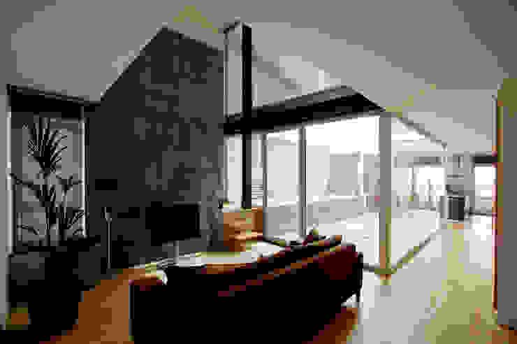 Vista interior Salón Salones de estilo moderno de Comas-Pont Arquitectes slp Moderno