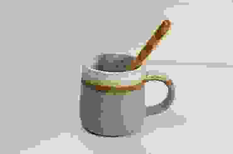 コンパルのマグカップ: 月下陶房が手掛けた現代のです。,モダン 陶器