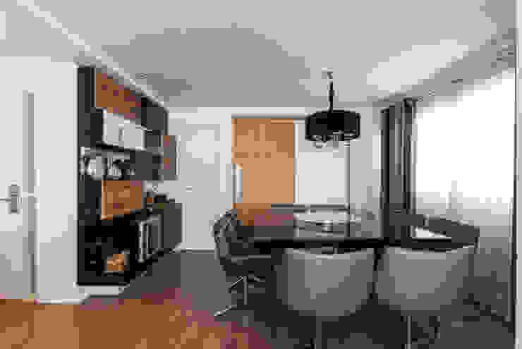 04_Projeto de Interiores Salas de jantar modernas por Paula Carvalho Arquitetura Moderno
