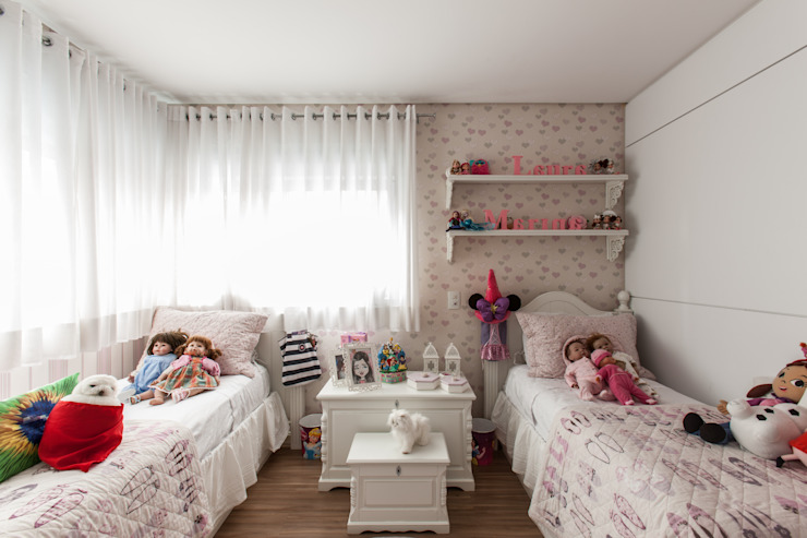 04_Projeto de Interiores Quarto infantil moderno por Paula Carvalho Arquitetura Moderno