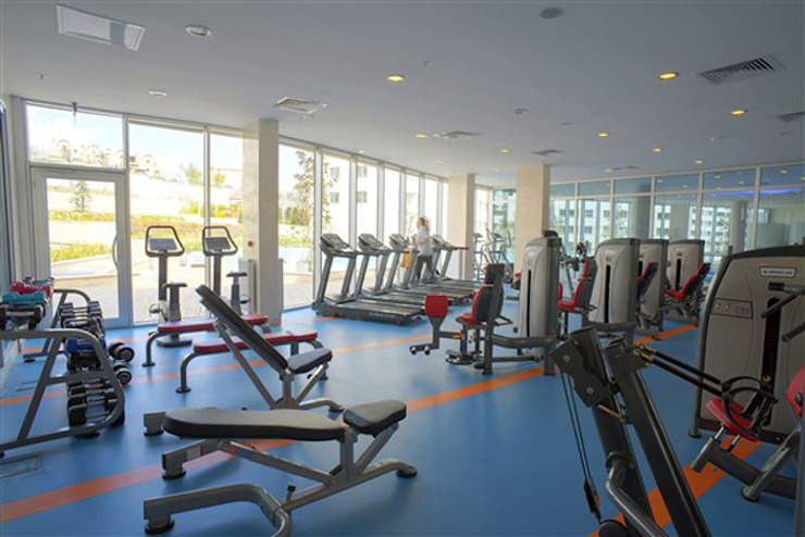 CCT INVESTMENTS Modern gym