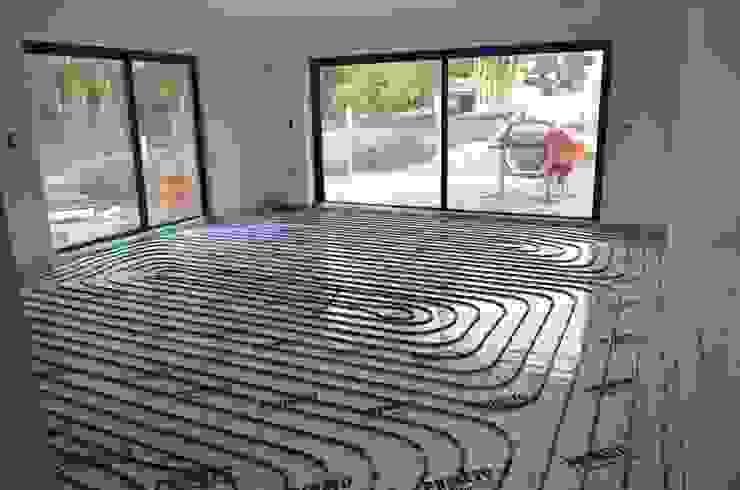 Modern walls & floors by Dynamic444 Modern