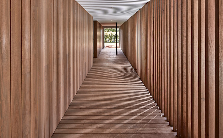 Corridor & hallway by Modscape Holdings Pty Ltd, Minimalist Wood Wood effect