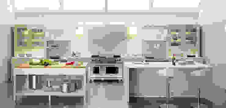 Cozinhas clássicas por ARCE FLORIDA Clássico Madeira Efeito de madeira