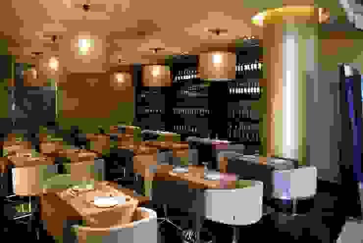 Restaurante EATALY Salas de jantar modernas por Candicova Indústria de Candeeiros e Abat-jours Lda. Moderno