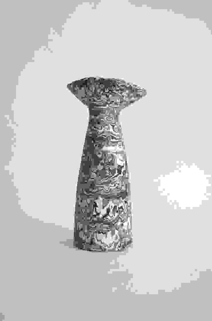 marble: Yusuke Hatakeyamaが手掛けた現代のです。,モダン