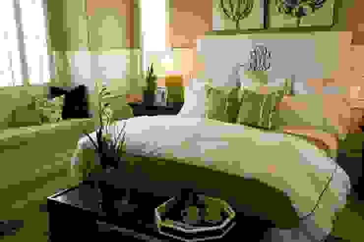 Dormitorios de estilo clásico de Arkiurbana Clásico
