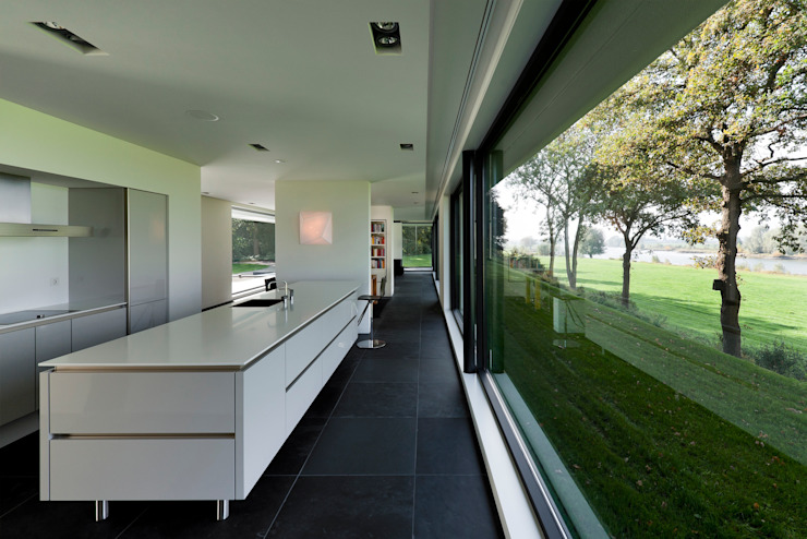 Kitchen by Maas Architecten, Modern