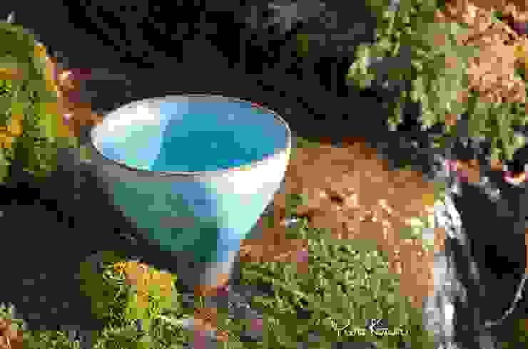 水のうつわ: 庚申窯-Koshin-kiln-が手掛けた折衷的なです。,オリジナル 陶器