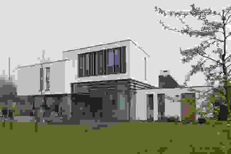 WOONHUIS ROTTERDAM:  Huizen door Maas Architecten,