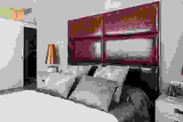 Decoración lujosa para el dormitorio principal Dormitorios de estilo ecléctico de INEDIT INTERIORISTAS Ecléctico