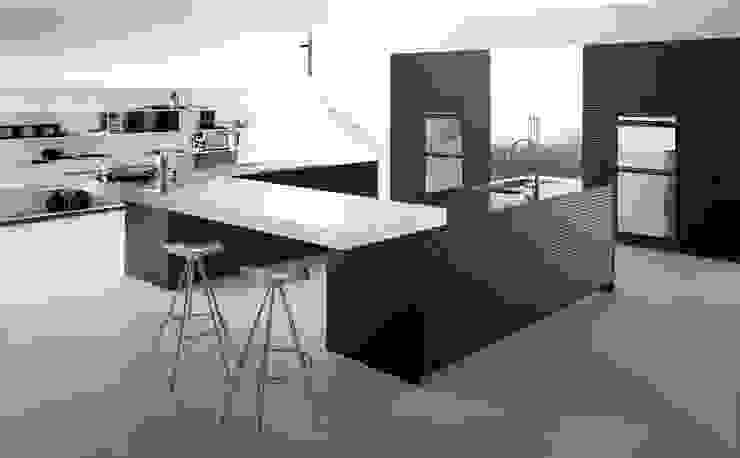 Moderne Küchen von ARCE FLORIDA Modern Holz Holznachbildung
