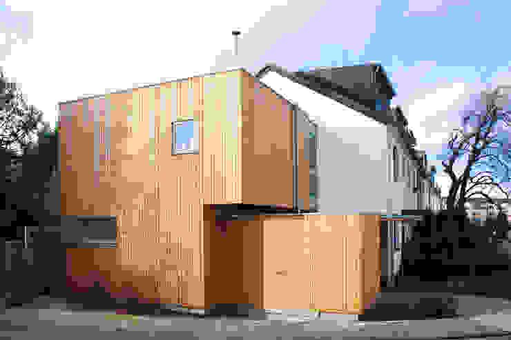 Kubus DANKE Architekten Moderne Garagen & Schuppen