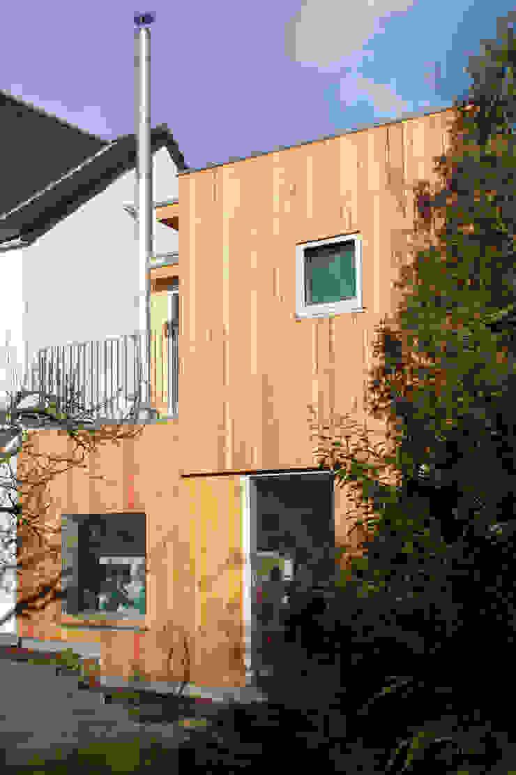 Kubus DANKE Architekten Moderner Balkon, Veranda & Terrasse