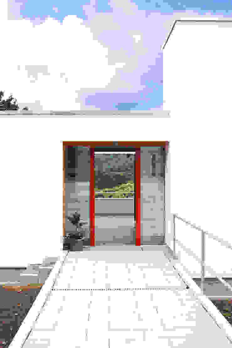 DANKE Architekten Fenêtres & Portes modernes