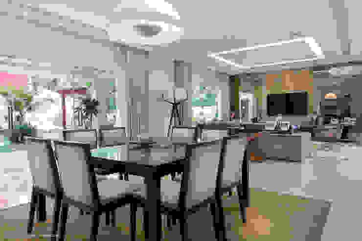 Sala jantar Salas de jantar modernas por Adriana Leal Interiores Moderno Madeira Efeito de madeira