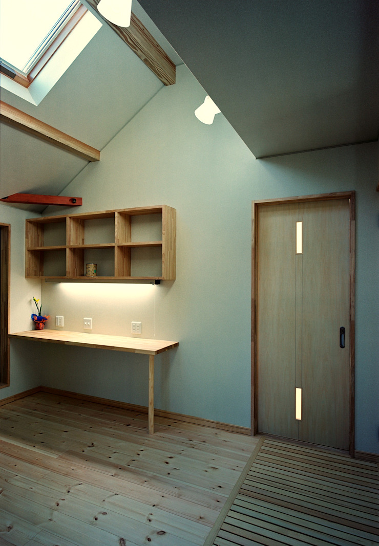 2階フリースペース 小栗建築設計室 モダンデザインの 多目的室