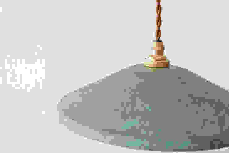 pendant light wide: 暮らすひと暮らすところが手掛けた素朴なです。,ラスティック 銅/ブロンズ/真鍮