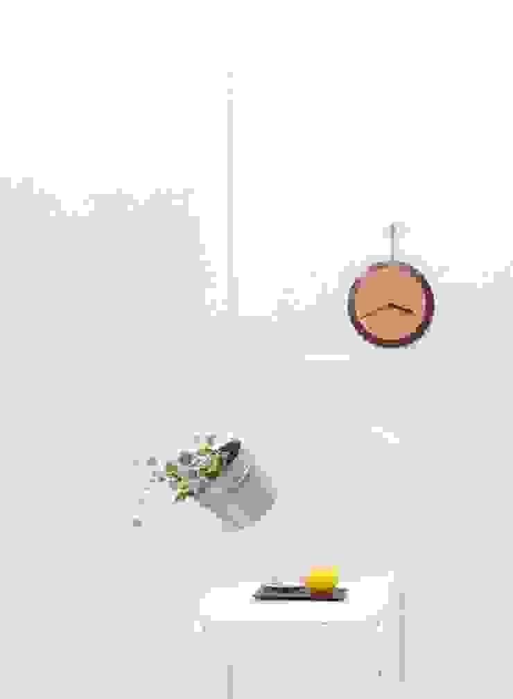 tone: 暮らすひと暮らすところが手掛けたミニマリストです。,ミニマル 銅/ブロンズ/真鍮