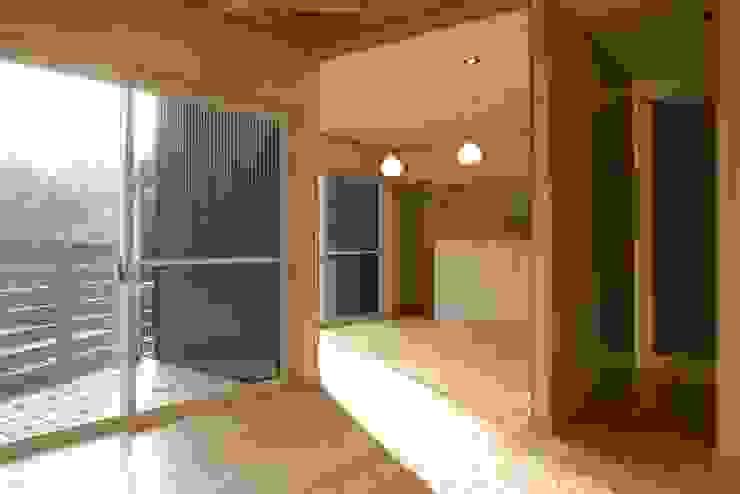 神奈川県鎌倉市 大町の家 オリジナルデザインの ダイニング の Gen Design Factory オリジナル