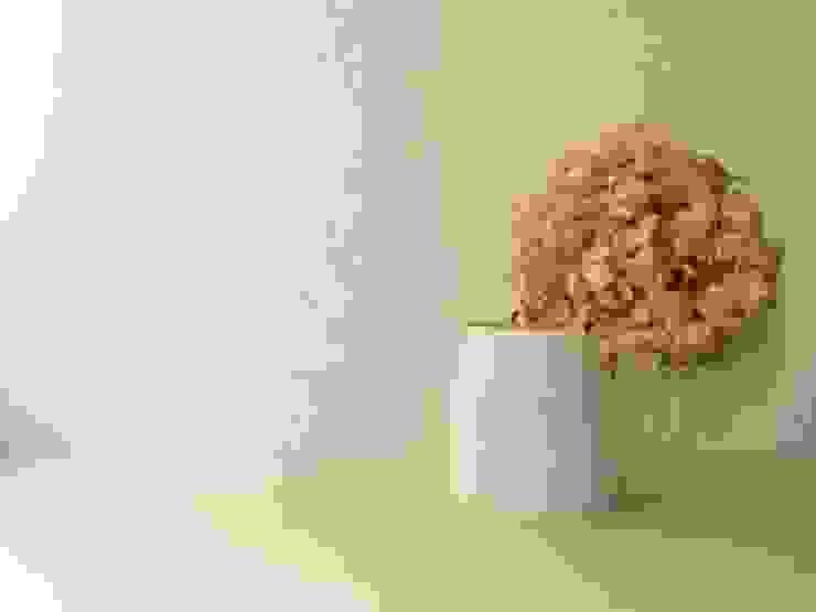 ピッチャー: 水谷美樹が手掛けた折衷的なです。,オリジナル 磁器