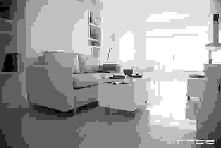Cama rebatible + Sillón movible + mobiliario multifuncional de MINBAI Minimalista Madera Acabado en madera