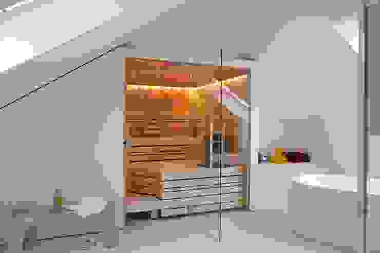 Spa de style  par homify, Moderne